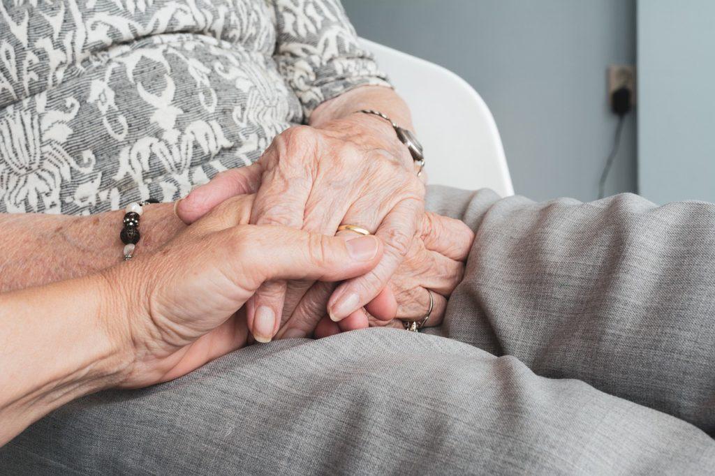 Contributi economici per anziani