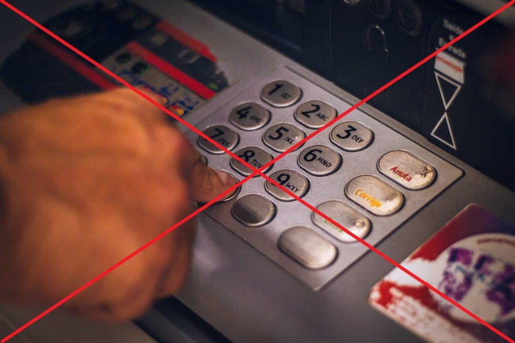 Tastiera dello sportello automatico bancomat