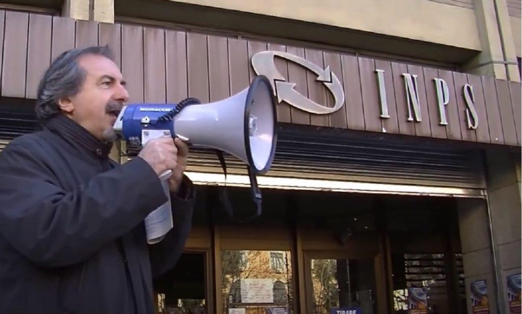 Presidio sindacati davanti a sede INPS - screenshot YouTube