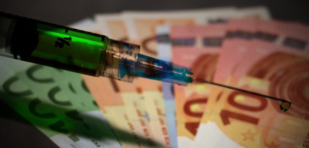 Vaccino e banconote
